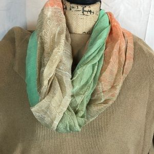 Accessories - NWT infinity scarf lightweight J2309